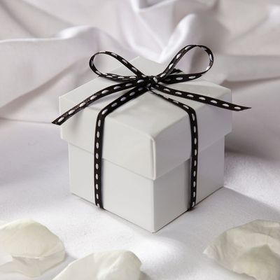Glossy White Square Favour Box & Lid
