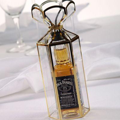 Gold Trimmed Lantern Favour Box