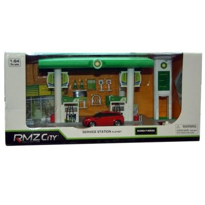 Bp Services Station Set With Dc Car  by AtoZ Toys