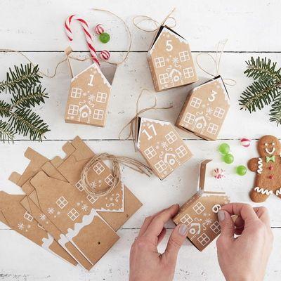 GINGERBREAD HOUSE CHRISTMAS ADVENT CALENDAR BOXES - LET IT SNOW