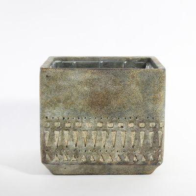 Totem Cube Planter 16.5x16.5x15cm (1/8)