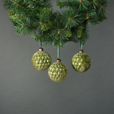 Aine 8cm Glass Velvet Diamond Green Bauble (S/4)