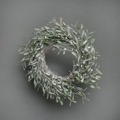 Misletoe frosted wreath