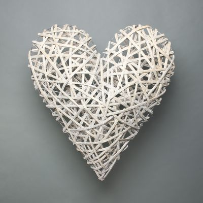 Lafayette Grey washed Willow Heart 63cm