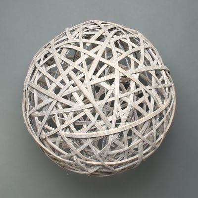 Lafayette Grey washed willow sphere 40cm