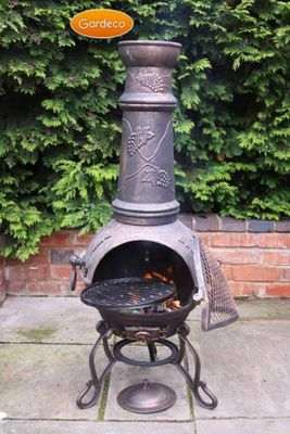 Gardeco Cast Iron Toledo Grapes Chimenea - Extra Large