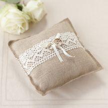 Rustic Ring Cushion]