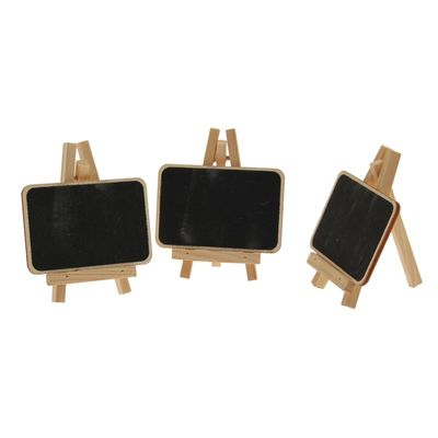 Chalkboard Placecards in Natural