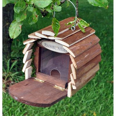 Kingfisher Wooden Squirrel Feeder