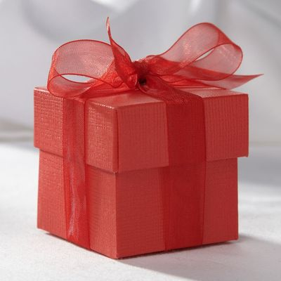 Red Favour Box
