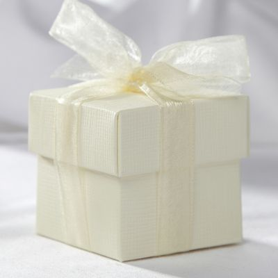 Ivory Square Favour Box and Lid
