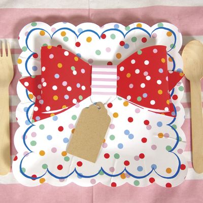 Toot Sweet Party Plates