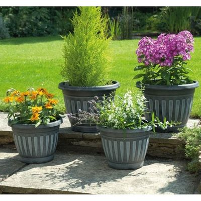Gablemere Geogian Style Planters - Black - Pack of 4