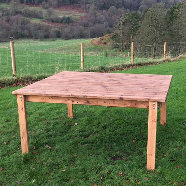 Charles Taylor Taditional Dining Table
