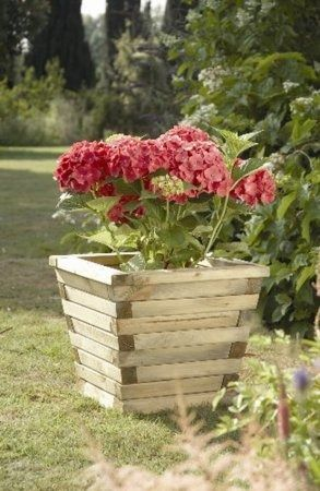Forest Garden Small Ludlow Planter