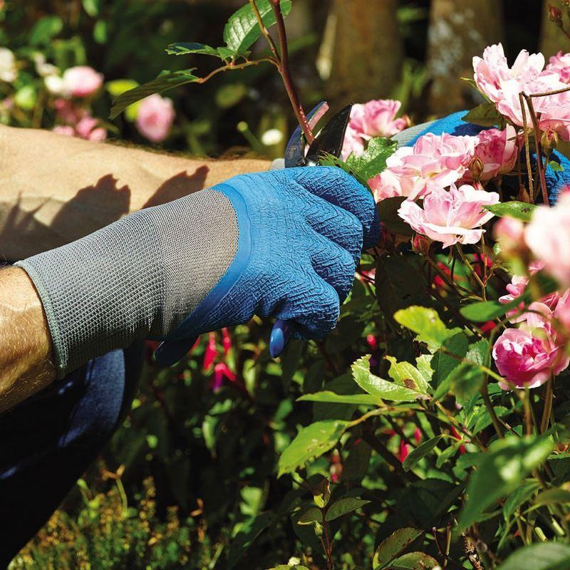 garden gloves lifestyle