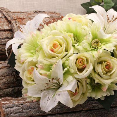 Green Mixed Bouquet