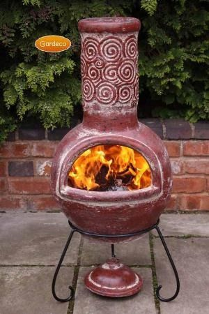 Gardeco Spiral Clay Chimenea in Red - Large